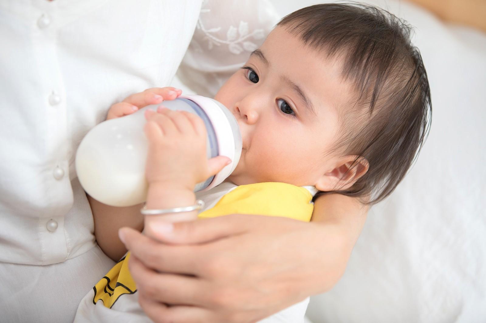 麦蔻奶粉签约犀牛云 为中国婴幼儿持续保驾护航!